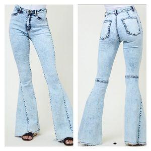 Acid Wash Super Flare Jeans
